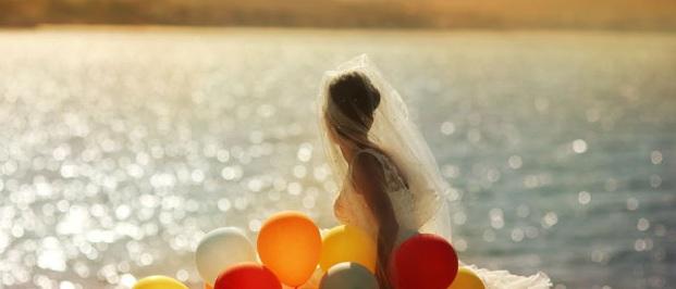 playa, atardecer, postboda, novia, globos, magia, alegria