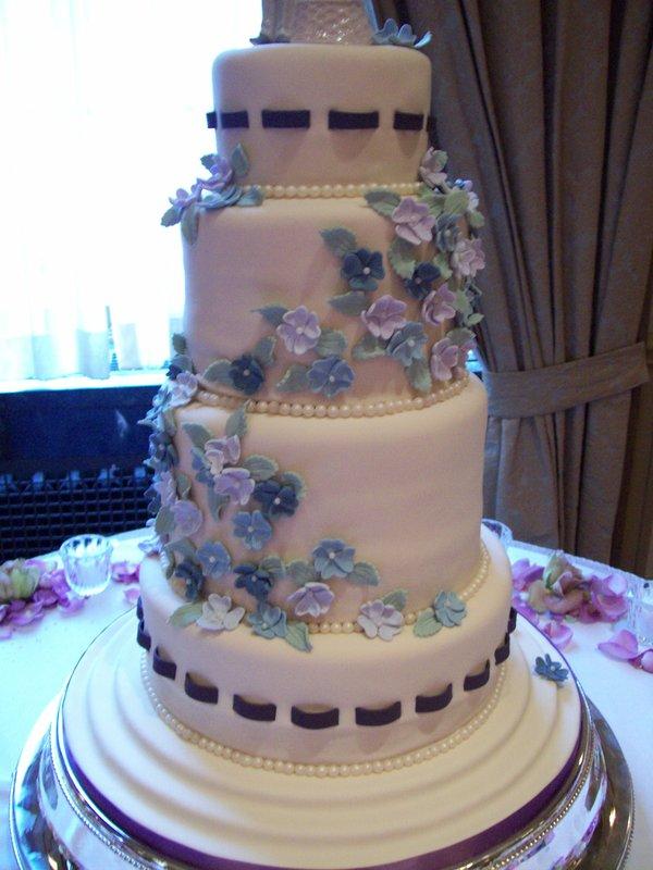 tarta, fondant, flores, novios, convite, pisos, redonda, flores, primavera, pastel, cake, azul,