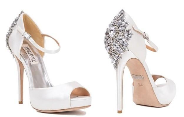 zapatos, novia, 2015, tendencias, moda, moda nupcial, novias 2015, encaje, zapatos joya, brillos,